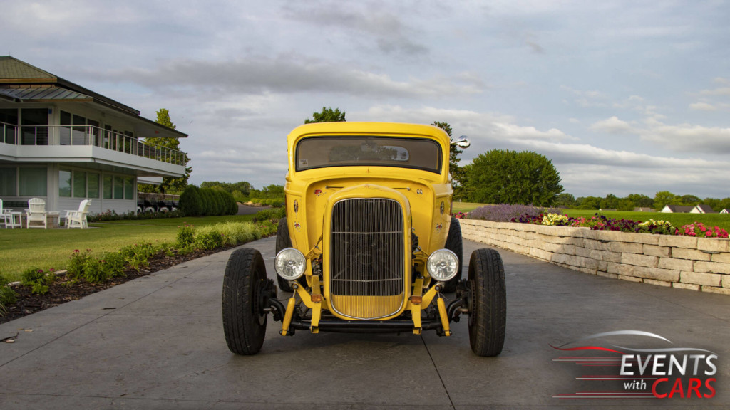 32 Ford Deuce Coupe
